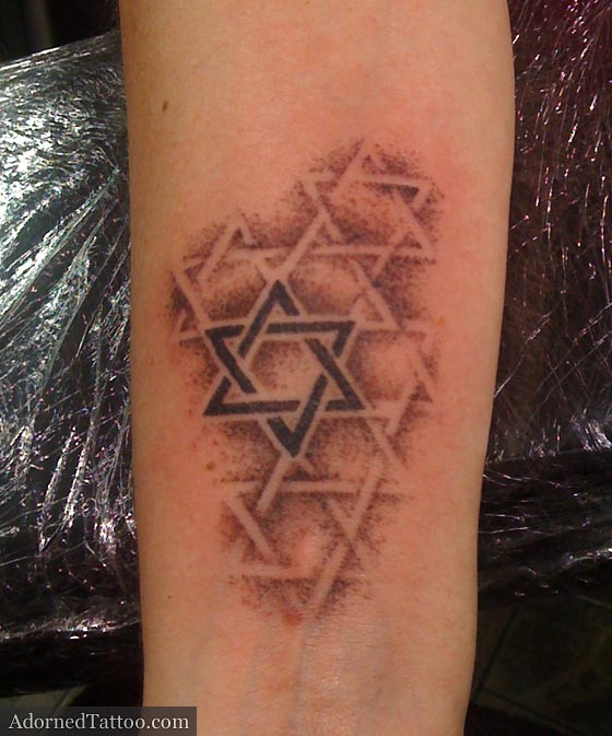 Dotwork st david 39 s star tattoo star of david dotwork for Star of david tattoo designs